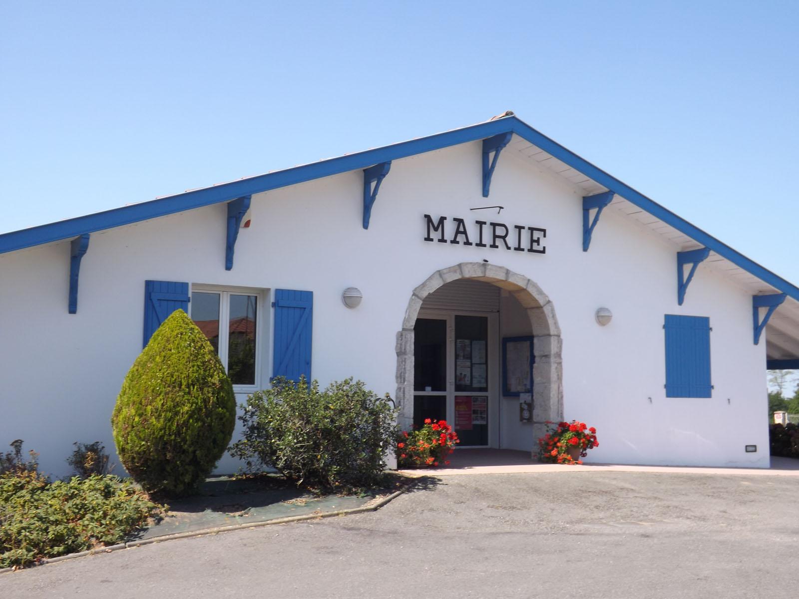 Mairie de Bélus